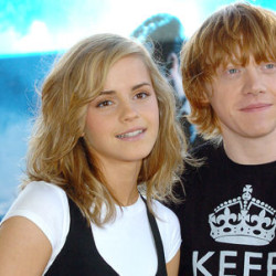 'Rupert Grint' Catches Swine Flu & Kisses 'Emma Watson'