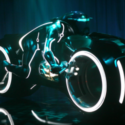 Tron: Legacy Trailer & New Light Cycle Design At Comic Con