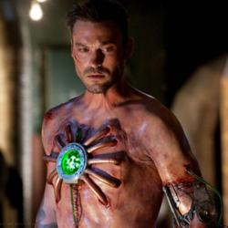 SMALLVILLE: Metallo – Synposis And Clip