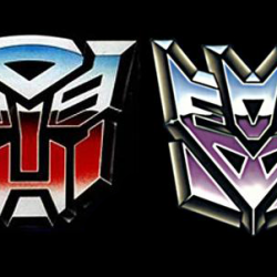 New Images of Hasbro/IDW Transformers Toy/Comic Bundles Emerge