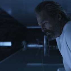 The Dude Sees All! Jeff Bridges In New TRON Legacy Image
