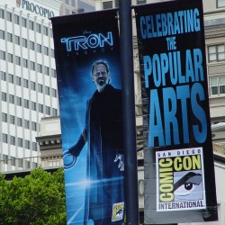 TRON LEGACY: Comic-Con Banners – The ComiTRON Invasion Begins
