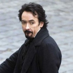 First Look: John Cusack As Edgar Allen Poe In McTeigue's THE RAVEN