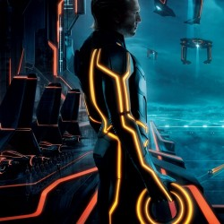 TRON: Legacy – New Clu 2.0 Poster, New Clip and New Featurette