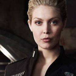 EXCLUSIVE Interview with Alaina Huffman: SMALLVILLE, SGU & Her Graphic Novel AGENT MOM
