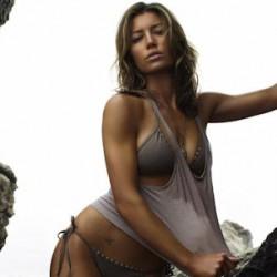 Sony Wants Jessica Biel for TOTAL RECALL