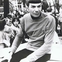 DCC 2011: Leonard Nimoy Divulges Vulcan Secrets And Takes A Walk Down Memory Lane