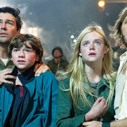 Super 8 Sneak Peeks in Theaters Today!