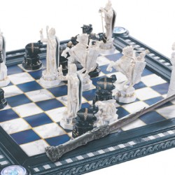 Become A Real Wizard At Chess With The HARRY POTTER Chess Collection