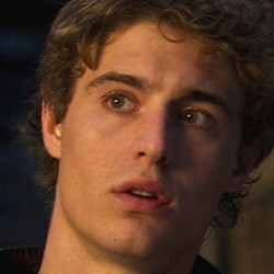 Max Irons Joins the Cast of THE HOST