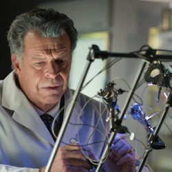 New Featurettes Get You Refreshed and Ready for the Return of FRINGE