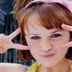 Actress Joey King Drops A Spoiler About THE DARK KNIGHT RISES