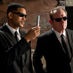 Two New Images from MEN IN BLACK III Featuring Will Smith and Tommy Lee Jones