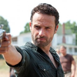 New Featurettes for THE WALKING DEAD Look Back and Look Ahead