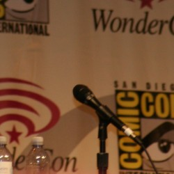 WonderCon 2012: FRINGE Panel on Multiple Lives and the Future