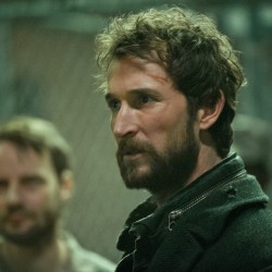 "TV Review: Falling Skies: Season 2, Episode 10 ""A More Perfect Union"""