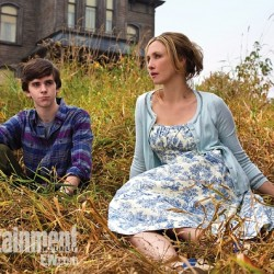 First Look: Norman and Norma Bates of Carlton Cuse's BATES MOTEL