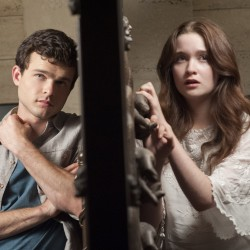 BEAUTIFUL CREATURES Media Roundup Including a New Trailer and TV Spot