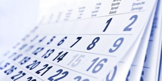 Calendar pages blue pic wide