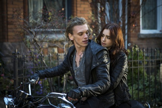 Jace and Clary Mortal Instruments City of Bones