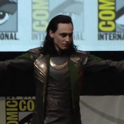 Comic-Con 2013: Watch Loki Take Over Hall H