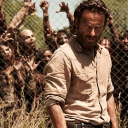 Relive THE WALKING DEAD Premiere, Prepare For the Next Episode with Clips, Featurettes