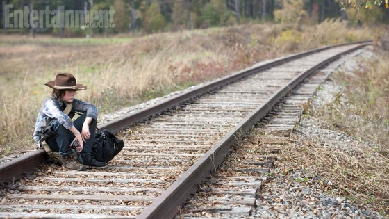 The Walking Dead 415 Carl tracks