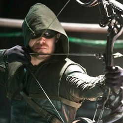 Great ARROW Clip Features a First Look at Two Characters From THE FLASH