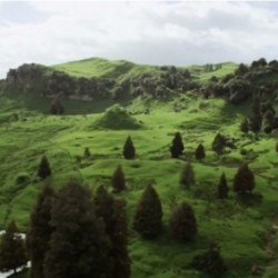 Spend Your Weekend Daydreaming of New Zealand With THE HOBBIT Locations Featurette