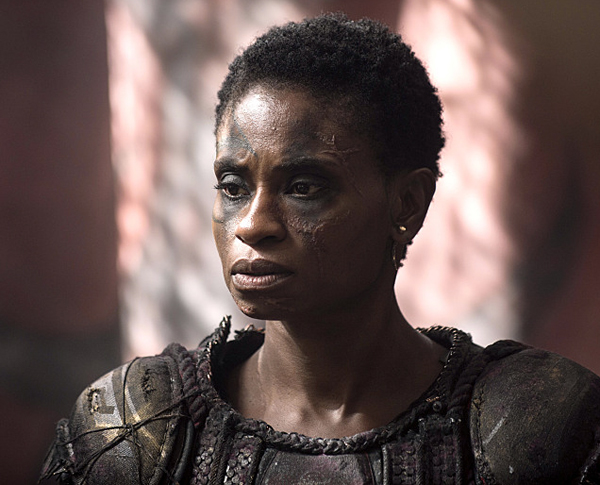 "The 100 -- ""Long Into an Abyss"" -- Image: HU207b_0145 -- Pictured: Adina Porter as Indra -- Photo: Cate Cameron/The CW -- © 2014 The CW Network, LLC. All Rights Reserved"