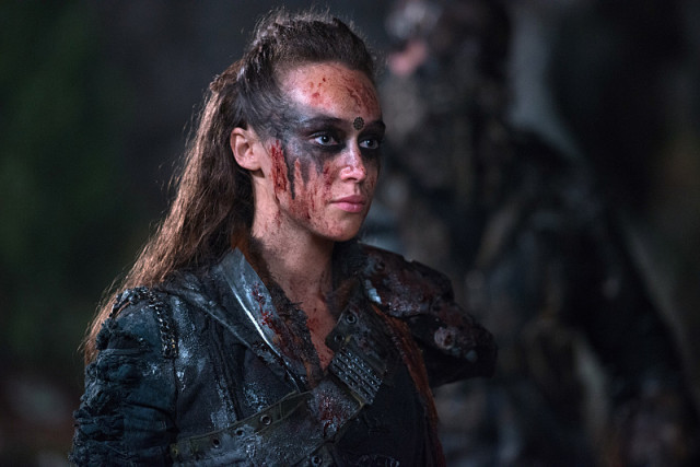 "The 100 -- ""Blood Must Have Blood, Part One"" -- Image HU215B_0365 -- Pictured: Alycia Debnam-Carey as Lexa -- Credit: Diyah Pera/The CW -- © 2015 The CW Network, LLC. All Rights Reserved"