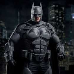 Man Creates Batman Costume with 23 working Gadgets, Cracks a World Record